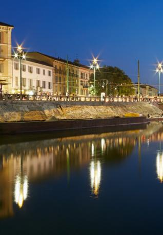 Darsena by night