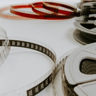 Cinema - Films - Pic by Denise Jans_Unsplash